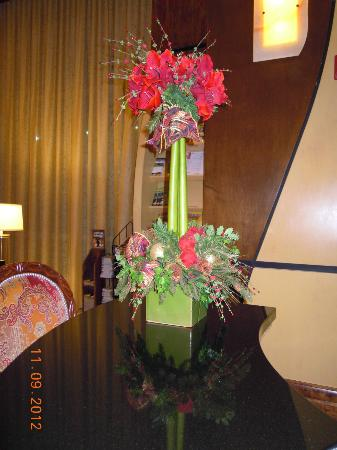 Hilton Branson Convention Center: Lobby- Concierge Desk