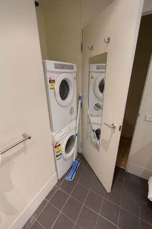 About Melbourne Apartments: washer and dryer