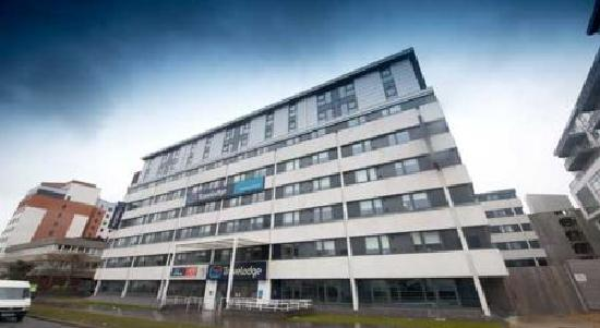Travelodge Swindon Central Hotel