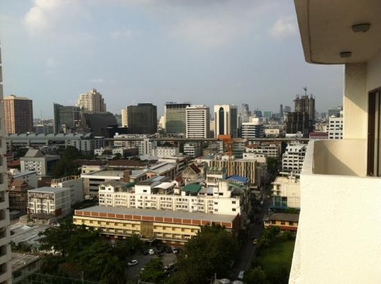 Centre Point Petchburi 15: vue du balcon
