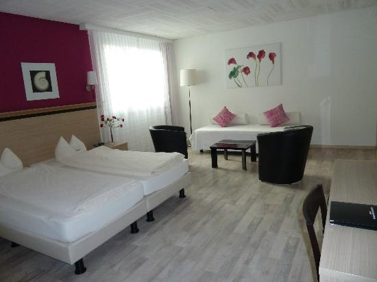 Hotel de la Vieille Tour: Suite Junior