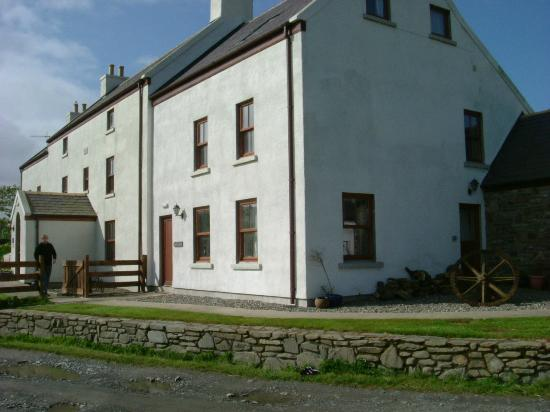 Knockaloe Beg Farm: Main house from the front