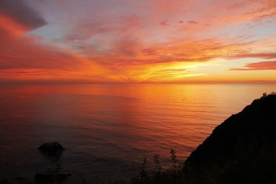 Ragged Point Inn and Resort: Sunset on 11/14/12