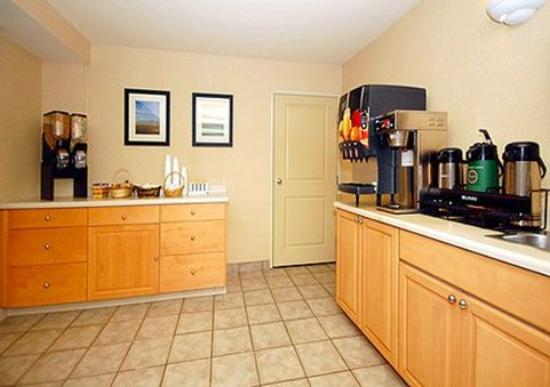 Quality Inn Kennewick: Free full breakfast