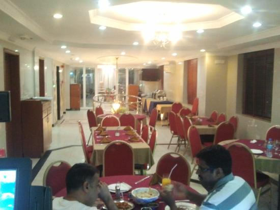 Rainbow Hotel: MIRCH MASALA RESTAURANT