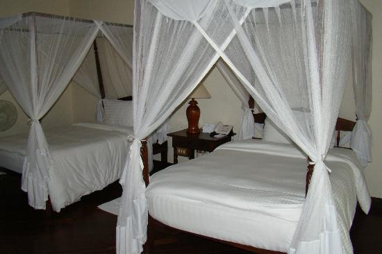 Safari Park Hotel: our room