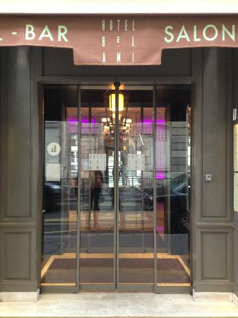Bel-Ami Hotel: Entrance