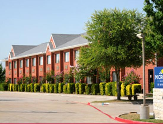 Microtel Inn by Wyndham Arlington/Dallas Area: Welcome to Microtel by Wyndham Arlington/Dallas