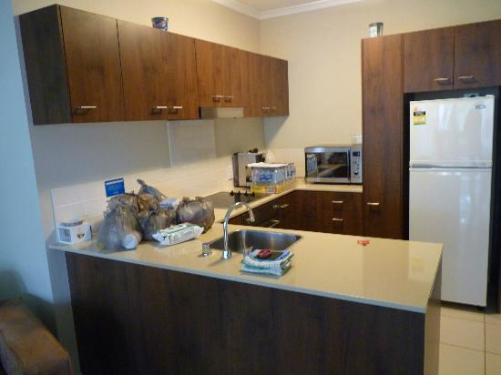 Annandale Apartments Palm Cove: Kitchen