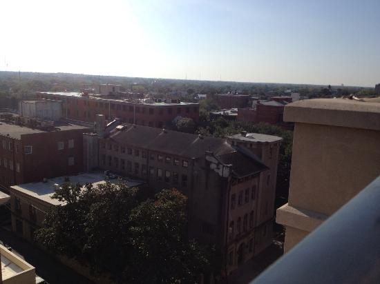 Holiday Inn Express Savannah-Historic District: view from rooftop pool area