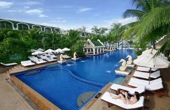 ‪Phuket Graceland Resort & Spa‬