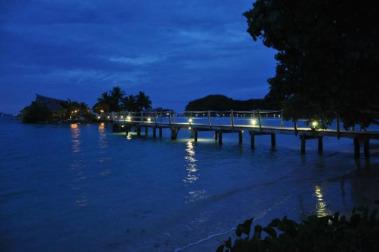 Likuliku Lagoon Resort: NIght view