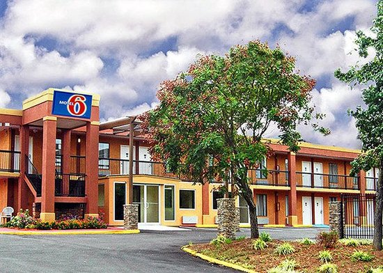‪Motel 6 Atlanta - Northeast #4687‬