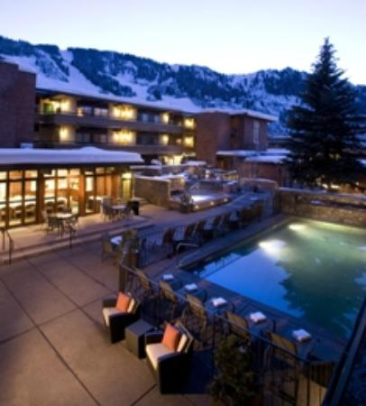 Aspen Square Condominium Hotel