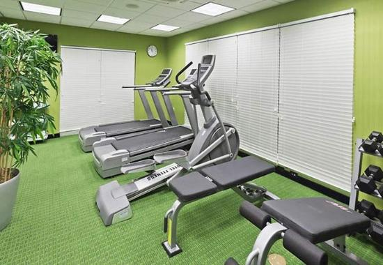 Fairfield Inn & Suites Tulsa Southeast/Crossroads Village: Fitness Center