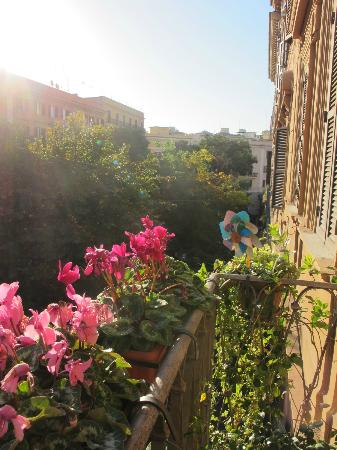 Loggetta di Trastevere: View from the balcony