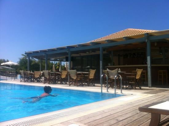 Avithos Resort: lovely pool area