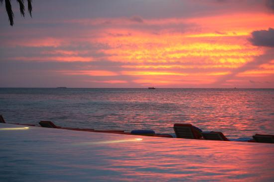 Club Med Kani: Sunset from the Pool