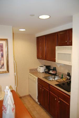 Homewood Suites by Hilton Edgewater - NYC Area: Kitchen