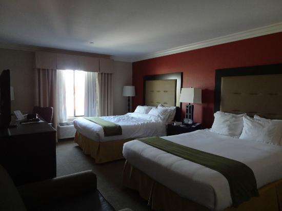 Holiday Inn Express Hotel & Suites Twentynine Palms: Zimmer