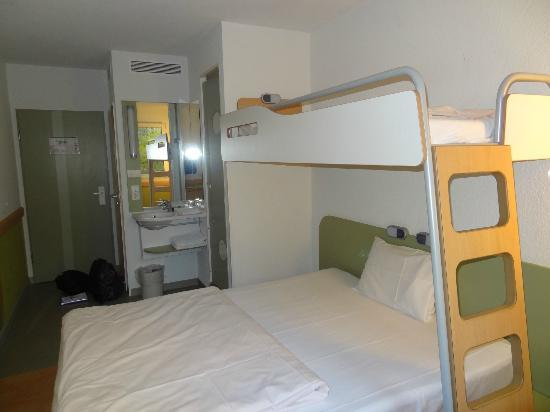 Ibis budget berlin chambre 1er tage picture of ibis budget berlin city potsdamer platz - Chambre hotel ibis budget ...