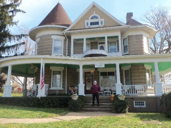 Parlor Bed And Breakfast Ironton Mo