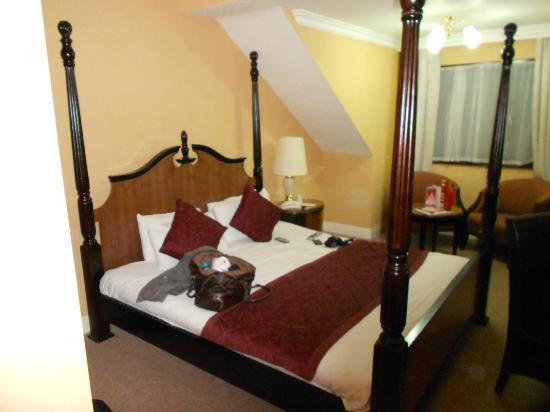 Britannia Country House Hotel: hotel room