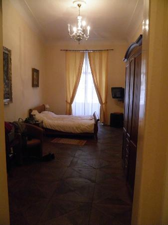 Hotel U Zlateho Jelena (Golden Deer): Chambre 11