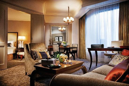 Four Seasons Hotel Singapore - Four Seasons Executive Suite