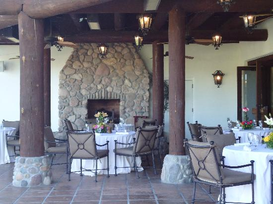Tubac Golf Resort &amp; Spa: Outside dining
