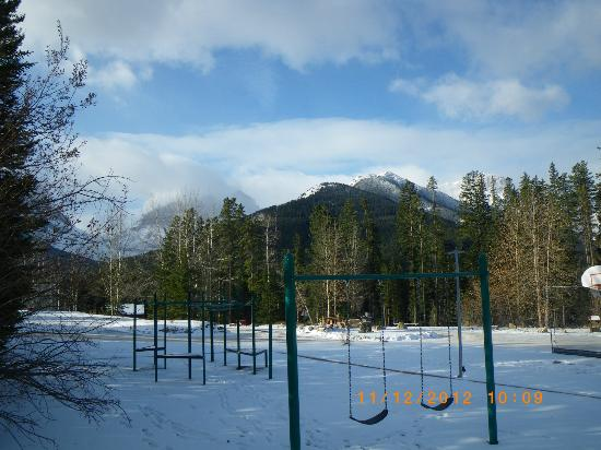 Banff Gate Mountain Resort: from the playground