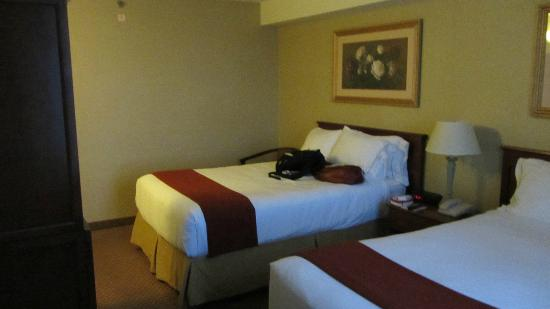 Holiday Inn Express Toronto Downtown: 2nd Bed