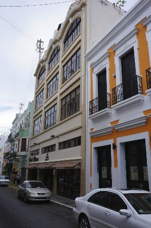 Street view of Hotel Milano