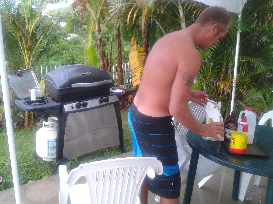 EV's Vacation Rentals Rincon Puerto Rico: breakfast on bbq and coffee made with sock due to power outage :-) great memories