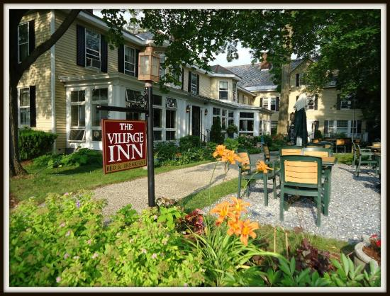 The Village Inn Bed and Breakfast: View from Church St.