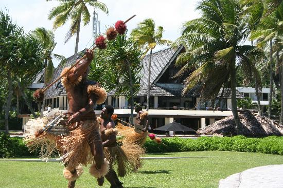 The Pearl South Pacific: Dancers at the Pearl Hotel