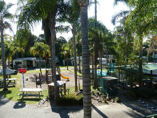 Shady Willows Holiday Park & Batemans Bay YHA