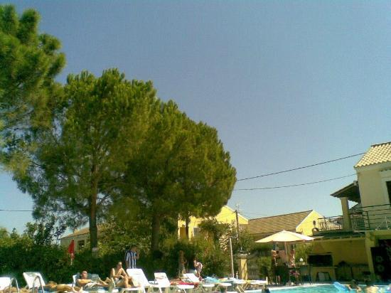 Beach On Mainland Greece Booze Cruise Picture Of Odysseus Amp Agnes Apartments Kavos Tripadvisor