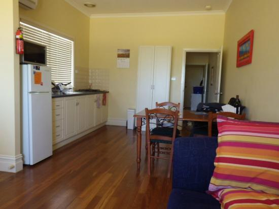 Esperance Holiday Esplanade Cottages