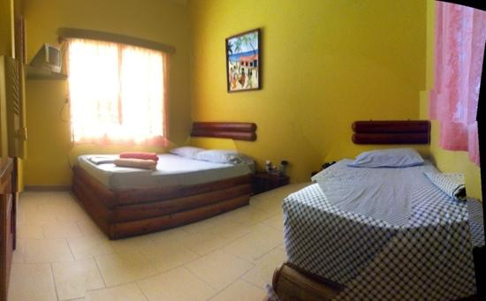 Ocean Pearle Royale Hotel: typical room (double bed and single bed)