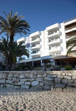 Photo of Bahia Apartamentos Santa Eulalia del Río