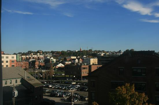 Hilton Garden Inn Portland Downtown Waterfront: One of the views from the room.