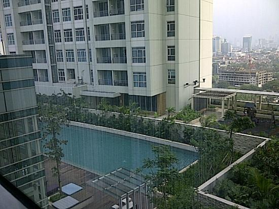 Zen garden picture of pullman jakarta central park - Pullman central park swimming pool ...