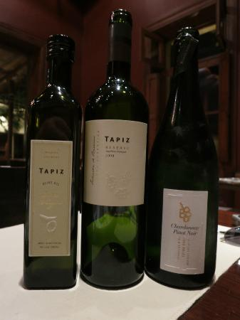 Club Tapiz: some of tapiz's products - olive oil is wonderful