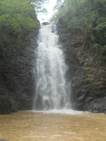 Playa Cielo: Montezuma Falls