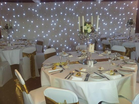 The Greyhound Hotel: Starlight backdrop and table setting