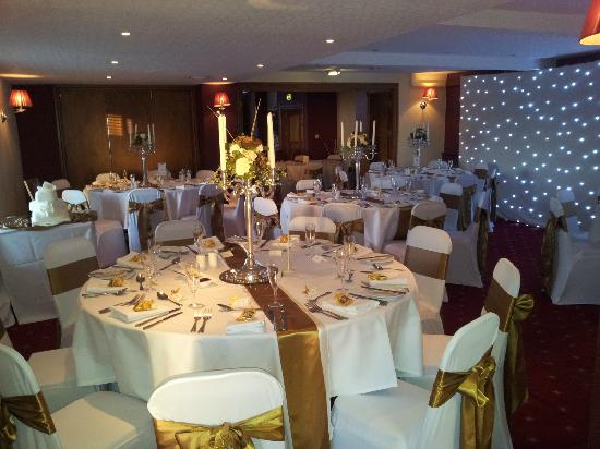 The Greyhound Hotel: view of room before guests arrive