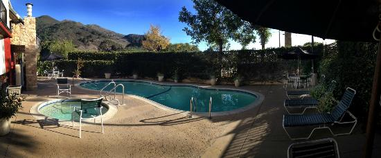 La Cuesta Inn: Heated Pool and Jacuzzi