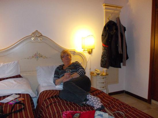 Hotel Orion: twin room