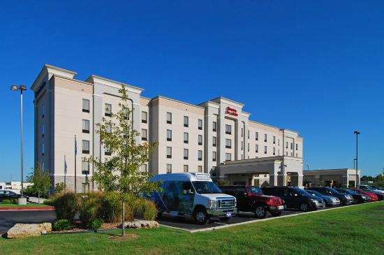 Hampton Inn & Suites Tulsa / Catoosa
